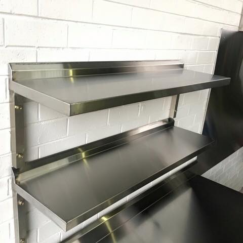 absolute-commercial-kitchens-wall-rack